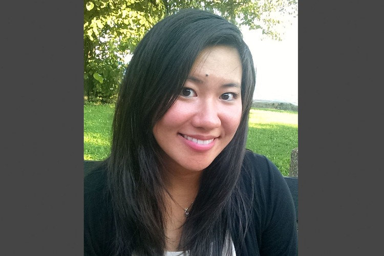 Dentist-turned-writer Gloria Chao '08